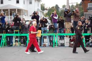 Jerry Sandusky arrives at the courthouse for setencing