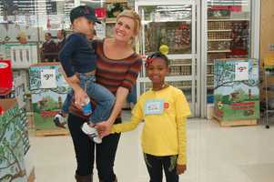 Breaking News Anchor Janelle Hall starts off with her shopping team