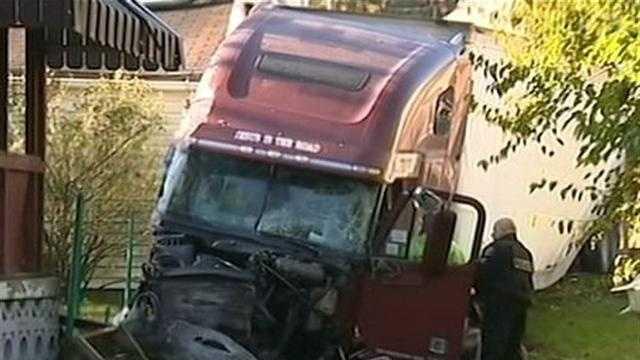 img-West End crash