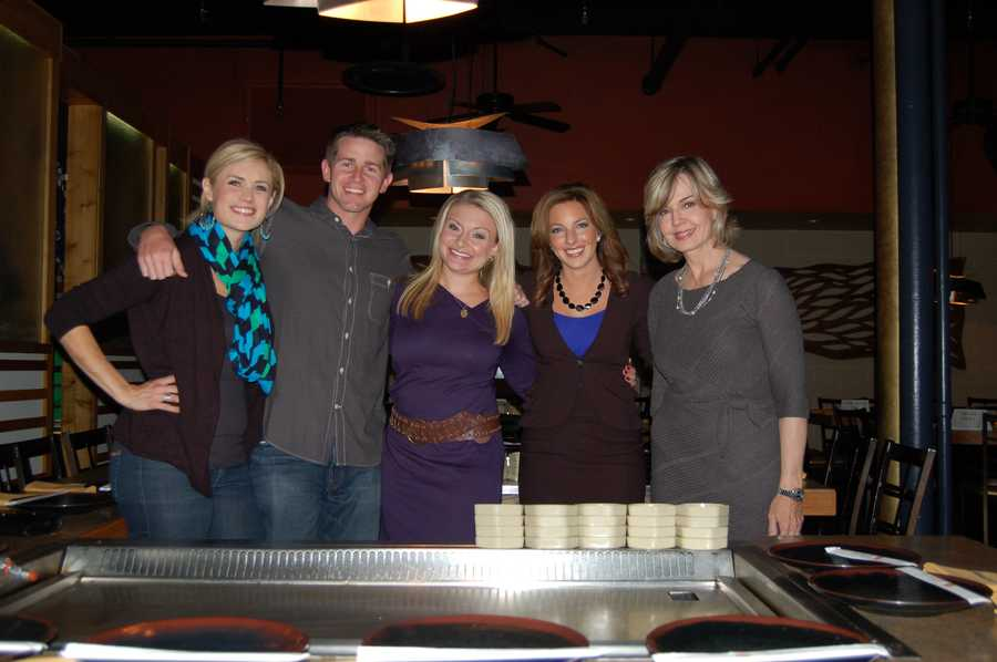 A few of the WTAE Action News chefs: (Left to Right) Jannelle Hall, John Meyer, Ashlie Hardway, Ashley Dougherty, and Sally Wiggin&#x3B; before the dinner service