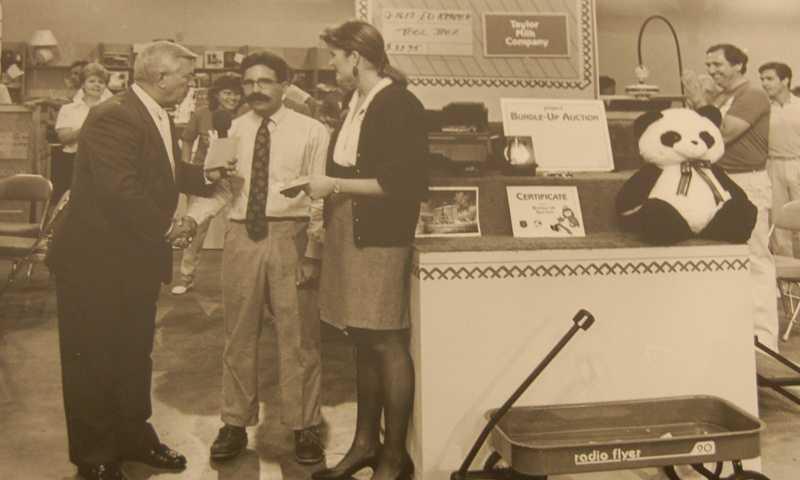 Joe DeNardo hosting the WTAE-TV Project Bundle Up Auction in 1987