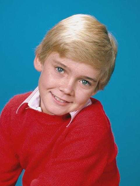 Wendy went to high school with actor Ricky Schroder.