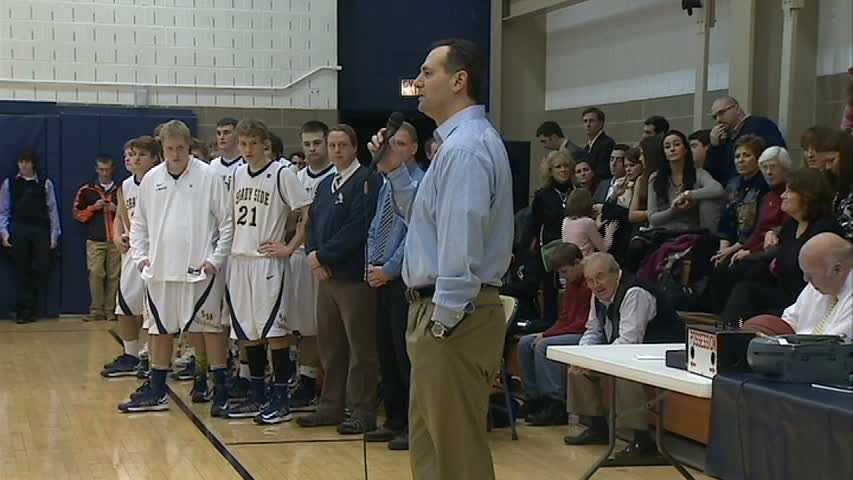 Former Shady Side player and assistant coach Dean Kartsonas also spoke to the crowd.