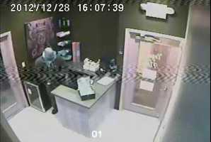 An employee who arrived for work at 4 p.m. saw that the money was missing.