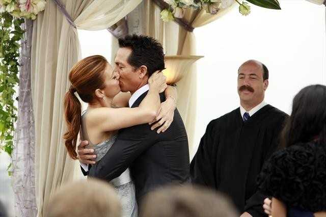 """Naomi returns to stand by Addison's side on her wedding day, Cooper struggles with the hardships of being a stay-at-home father, and Violet begins a new project close to her heart, on the Series Finale of """"Private Practice,"""""""