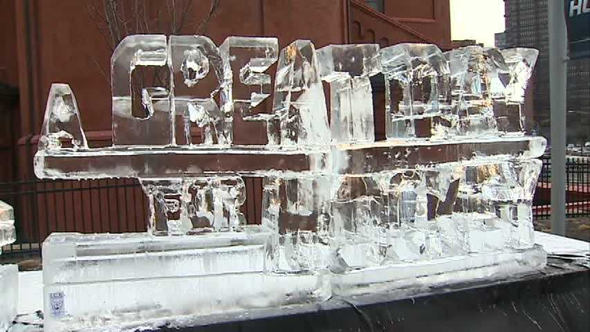 A Great Day For Hocky ice sculpture