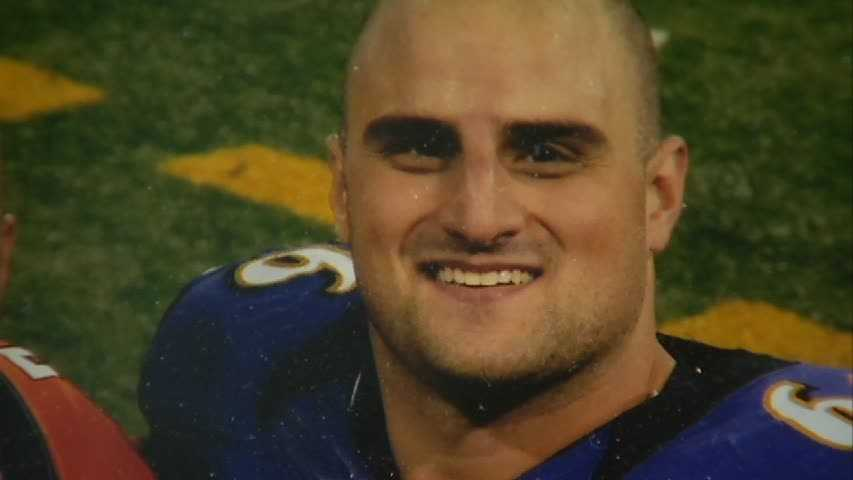 But it's younger brother Gino Gradkowski, a rookie offensive lineman with the Baltimore Ravens, who will have his family cheering for their hometown team's archrival on Sunday.