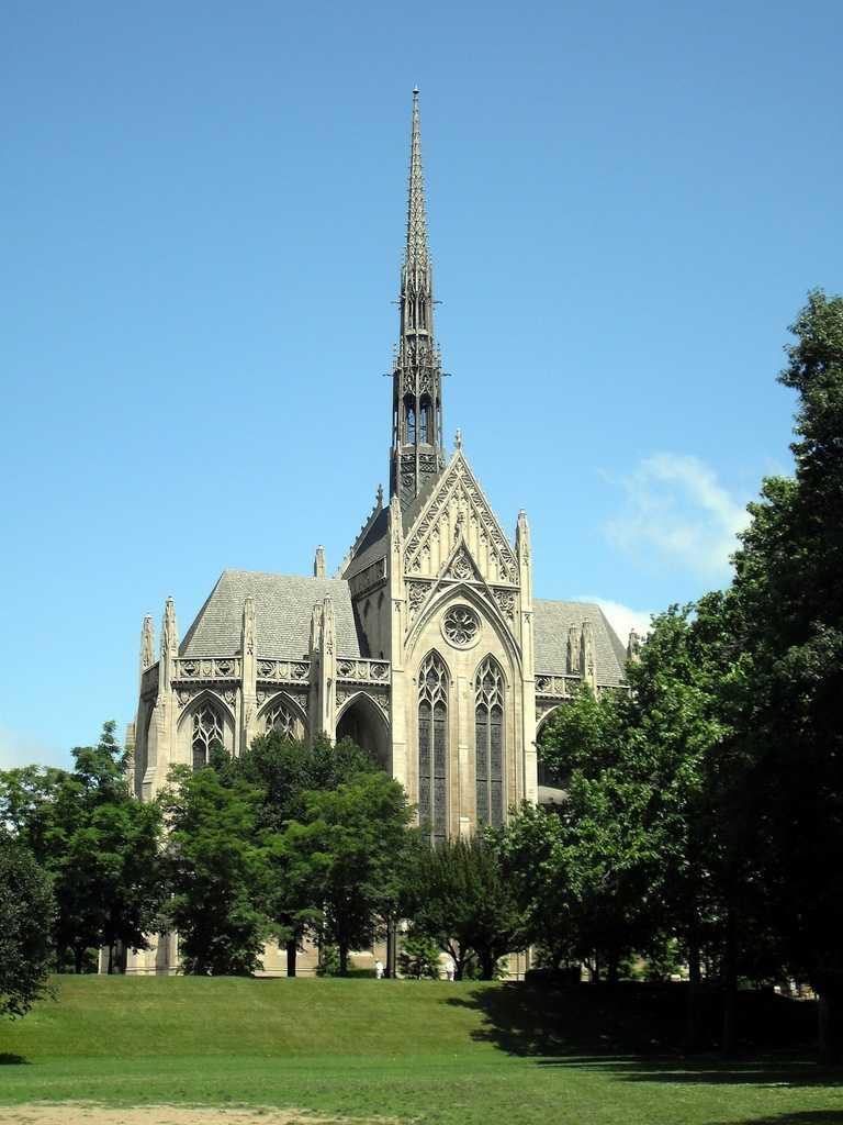 The Heinz Memorial Chapel on the University of Pittsburgh campus in Oakland is a local historic landmark and a popular wedding site. Couples often have to wait a long time for an open date on the schedule.