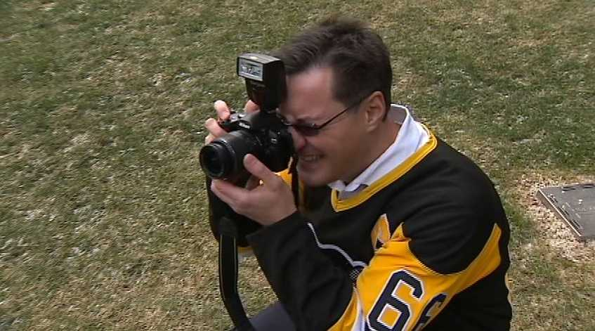Paul Kovach, director of marketing and communications at the Swanson School of Engineering, takes a few snapshots of the students.