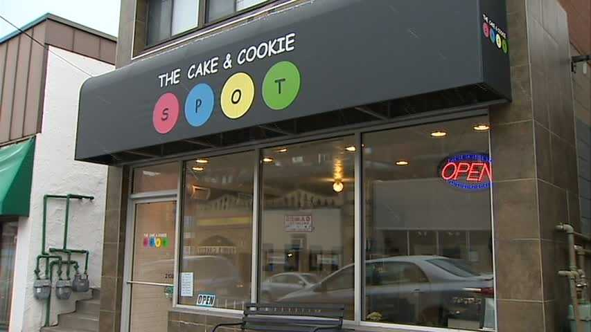The mother-daughter baking duo behind The Cake & Cookie Spot takes WTAE inside their Squirrel Hill bakery for a look at some of the green treats they're preparing for St. Patrick's Day.