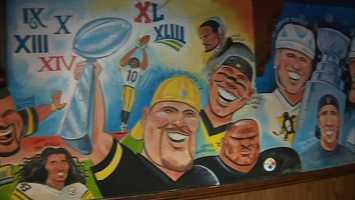 Members of the Steelers' more recent Super Bowl teams featured on the mural include Ben Roethlisberger, Troy Polamalu, Hines Ward, James Harrison, Jerome Bettis and head coach Mike Tomlin.