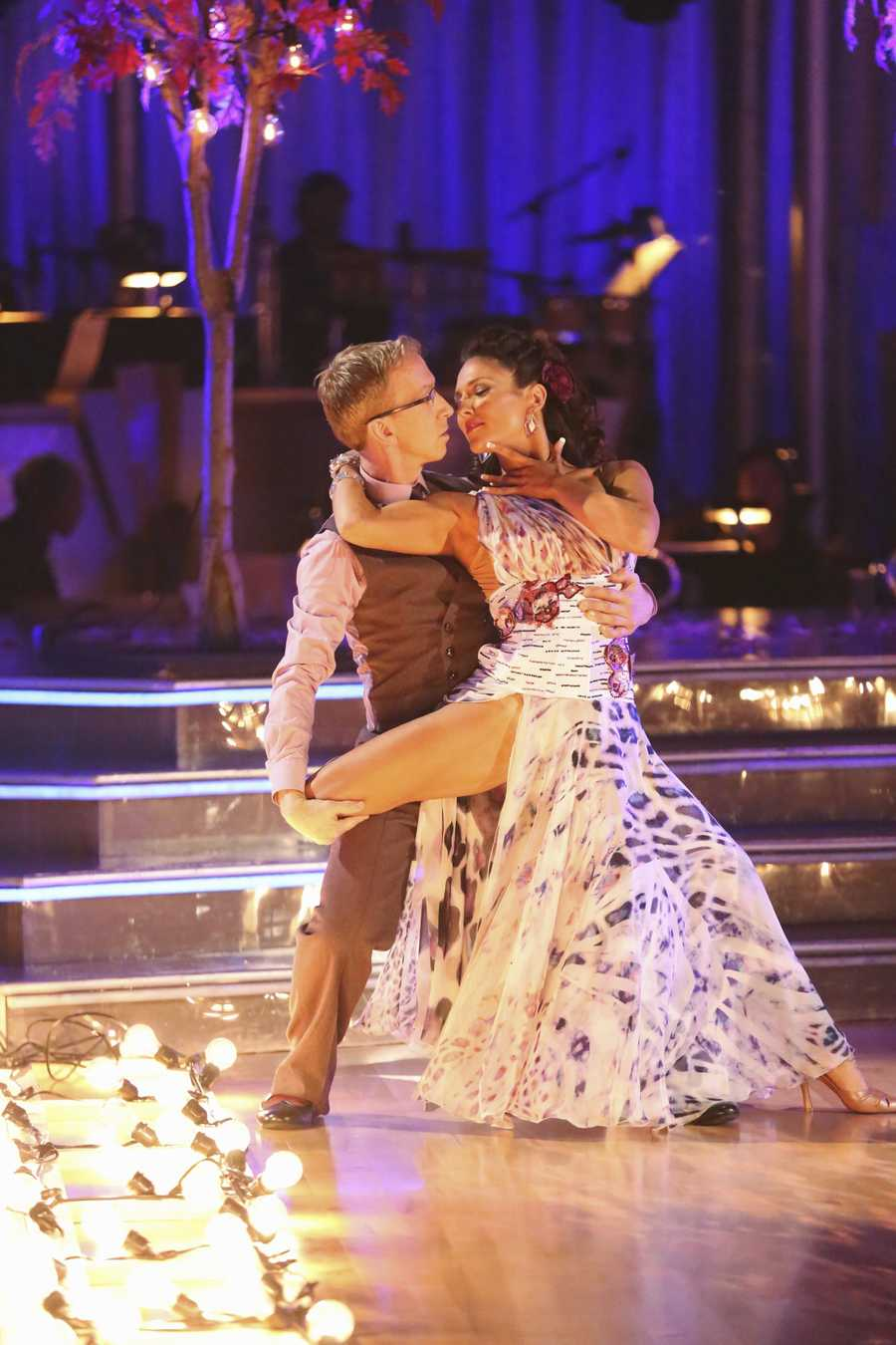 "Andy & Sharna - The competition continued as the 10 remaining celebrities celebrated ""The Best Year of Their Life"" through dance, on Monday, April 8th. Each couple danced to a song of the celebrities' choosing that represents a memorable time or experience in their life. In addition, each celebrity was challenged to perform a brief solo during their performance. (Photo by ABC/Adam Taylor)"