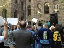 Pittsburgh Penguins fans turned out for a downtown rally before Game 1 of the conference quarterfinals.