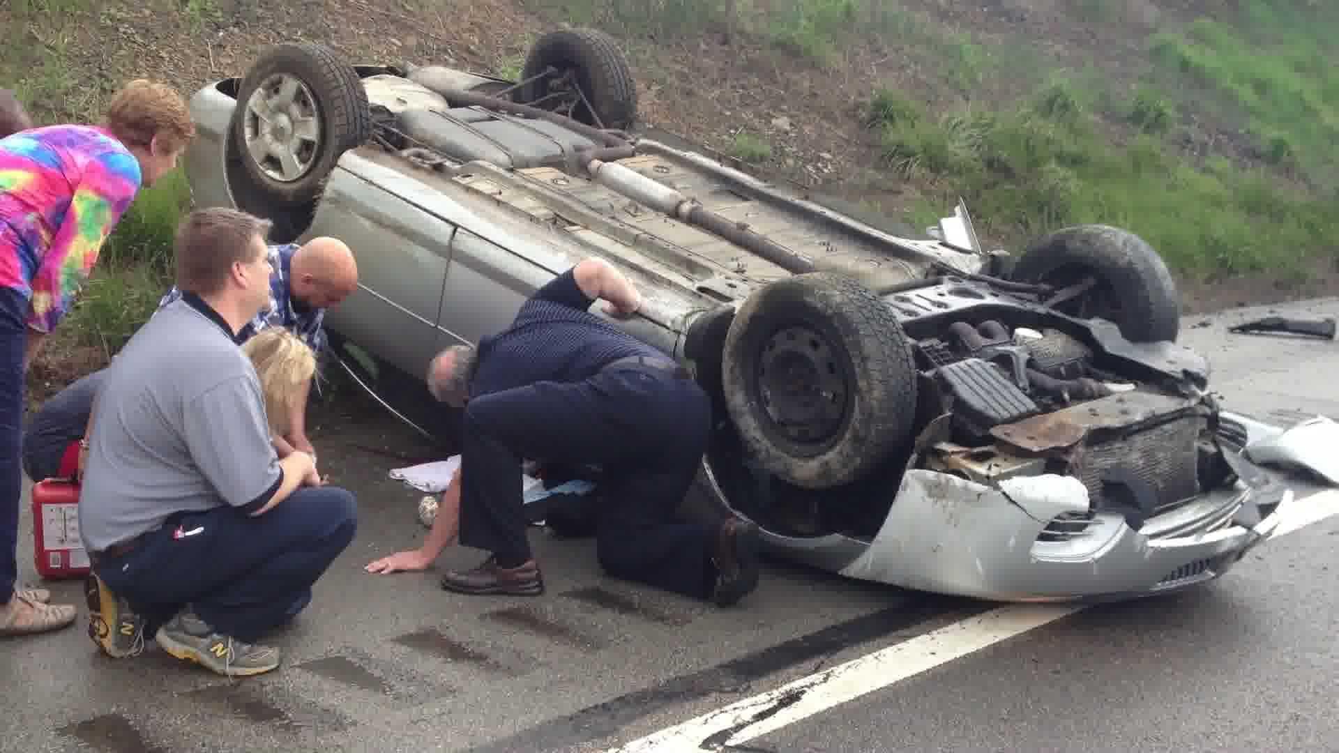 Parkway East crash near Monroeville