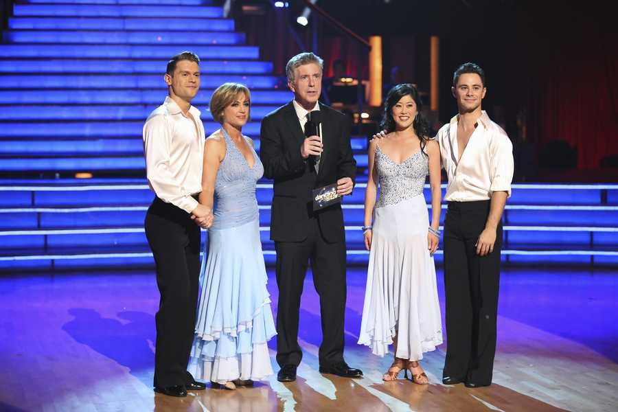 """HENRY BYALIKOV, DOROTHY HAMILL, KRISTI YAMAGUCHI, SASHA FARBER - The returning stars performed a show-stopping opening number with the pro and troupe dancers, on the two-hour Season Finale of """"Dancing with the Stars the Results Show,"""". (ABC/Adam Taylor)"""