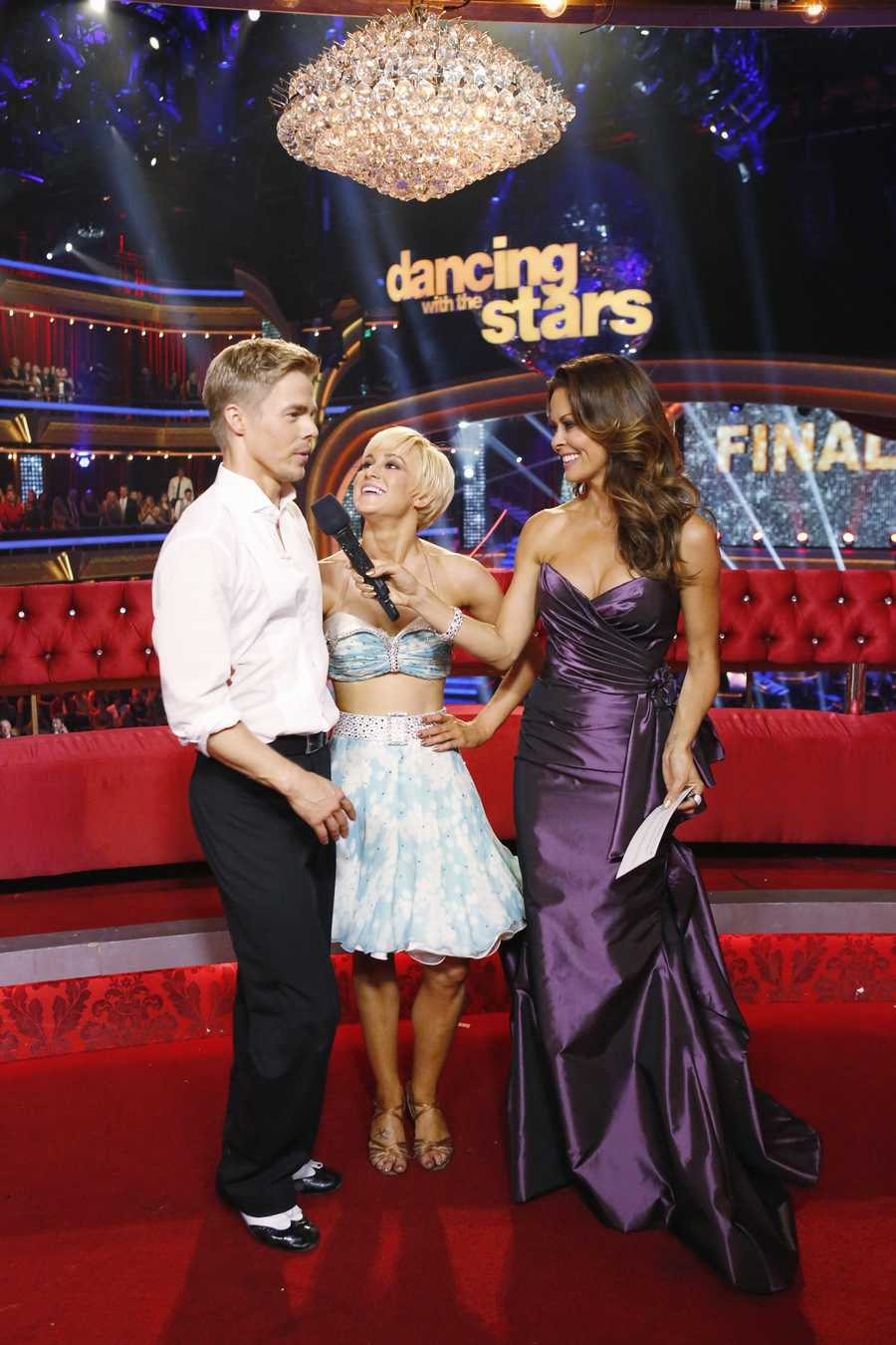 """KELLIE & DEREK - The two-hour Season Finale of """"Dancing with the Stars the Results Show"""" (ABC/Adam Taylor)"""