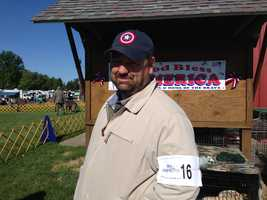 Curt Willis, who was also showing Amanda's Coonhounds