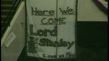 In 1991, the Pens beat Boston 4 games to 2 and went on to win the franchise's first Stanley Cup. In 2013, maybe fans will be able to hang a banner like this once again?