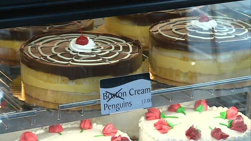Instead, they're selling Penguins Cream cakes -- and a lot of other hockey-related goodies too.