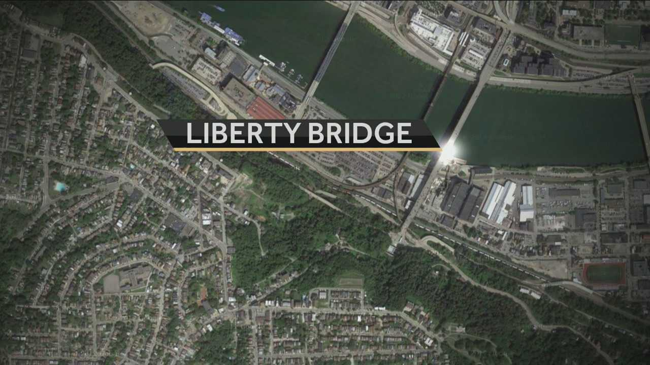 Action News' Sheldon Ingram tells us just how bad the Liberty Bridge in Pittsburgh is getting.