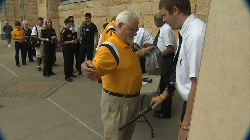 security wanding at PNC Park