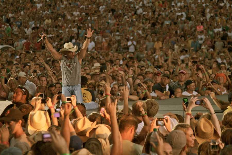 """Kenny Chesney's """"No Shoes Nation 2013"""" Tour will be raising it's Flag At Heinz Field on June 22nd! Check out this photo from his Kansas City stop."""