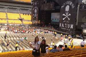 The Kenny Chesney No Shoes Nation tour came to Heinz Field.