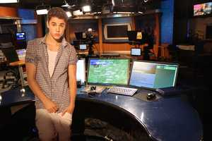 Justin in the Weather Center... As you saw on the Morning Show's Behind the Scenes video today, they had a special guest in studio today... Justin Bieber&#x3B; well sorta.... You can watch the video clip from the show: Click Here