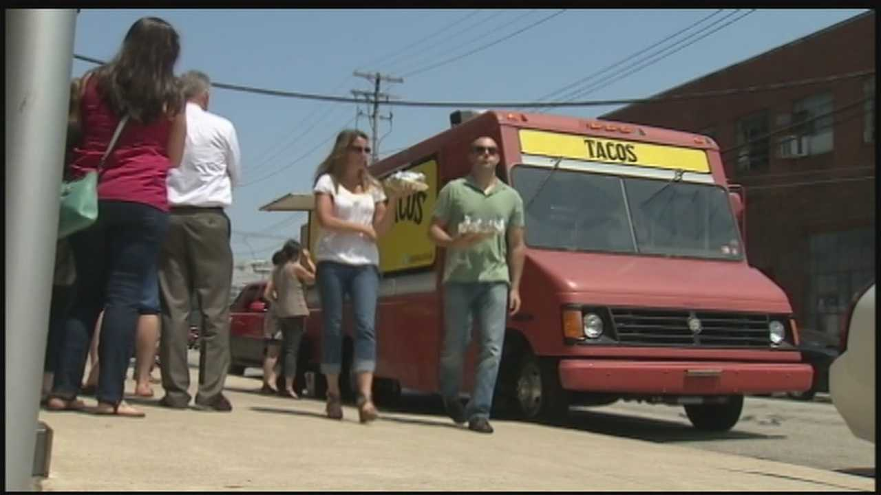 Food trucks expand in Pittsburgh