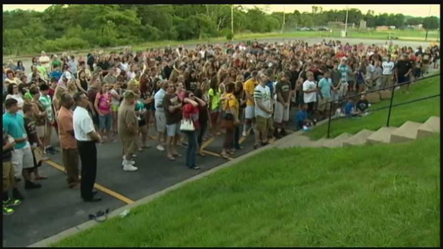 A crowd of classmates and parents remembers Ryan Richards at Highlands High School.