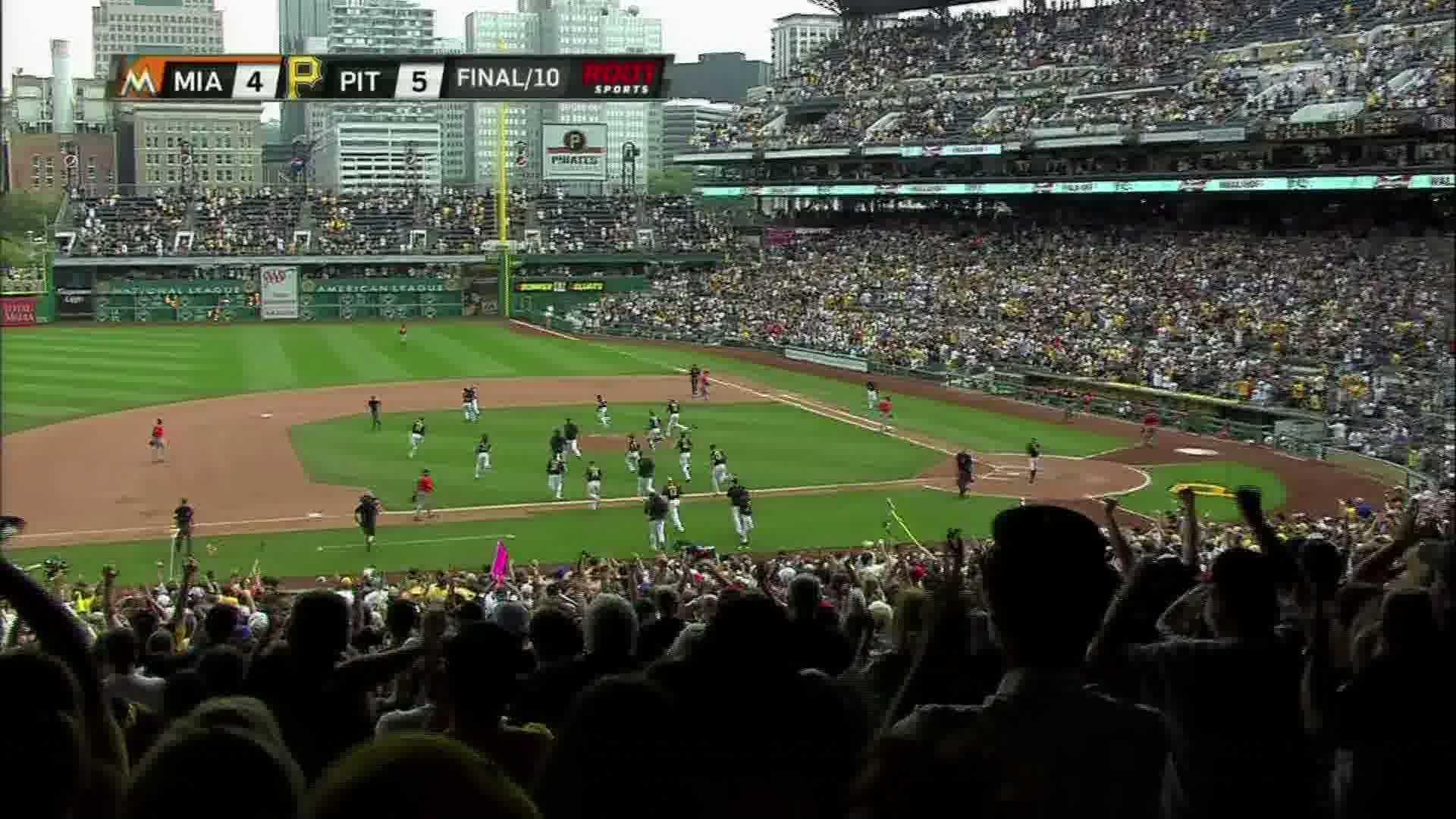 Pirates celebrate after Martin walk-off