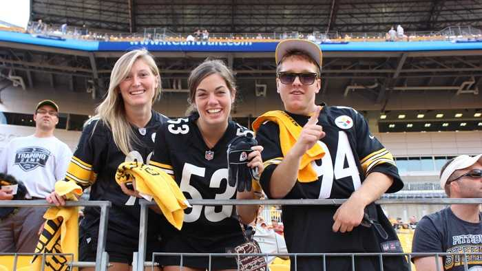 Steelers Fans lined up along the stands to cheer on team during Pre-Game activities at Heinz Field for Preseason Game 1 against the New York Giants.