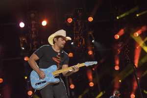 "BRAD PAISLEY - The summer's hottest television music event, ""CMA Music Festival: Country's Night to Rock,"" (Photo: ABC/Jon LeMay)"