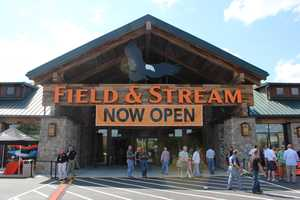 The new Field & Stream store celebrated its grand opening in Cranberry Township on Friday.