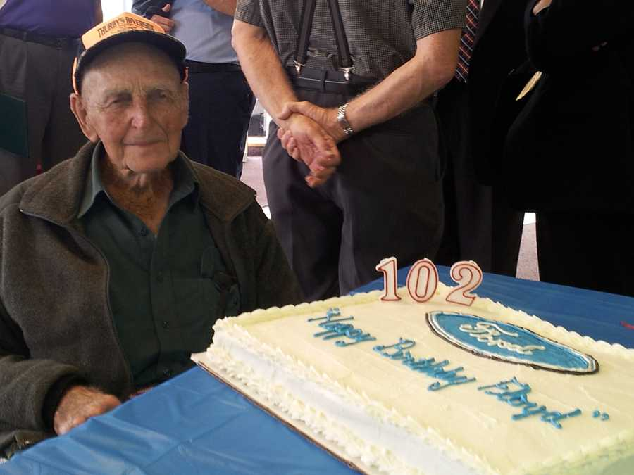 A party was held at Thurby Riverside Ford in Confluence, Somerset County, to celebrate Pullin's 102nd birthday.