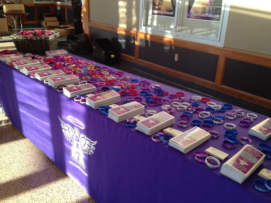 Free rubber bracelets and informational pamphlets about teen dating violence were also shared with the students.