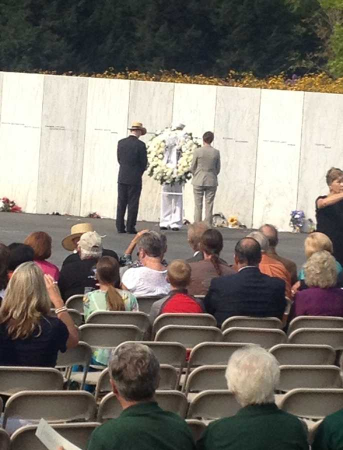 Secretary of the Interior Sally Jewell and Gordon Felt, the president of the Families of Flight 93, laid a wreath at the 9/11 anniversaryin Shanksville.