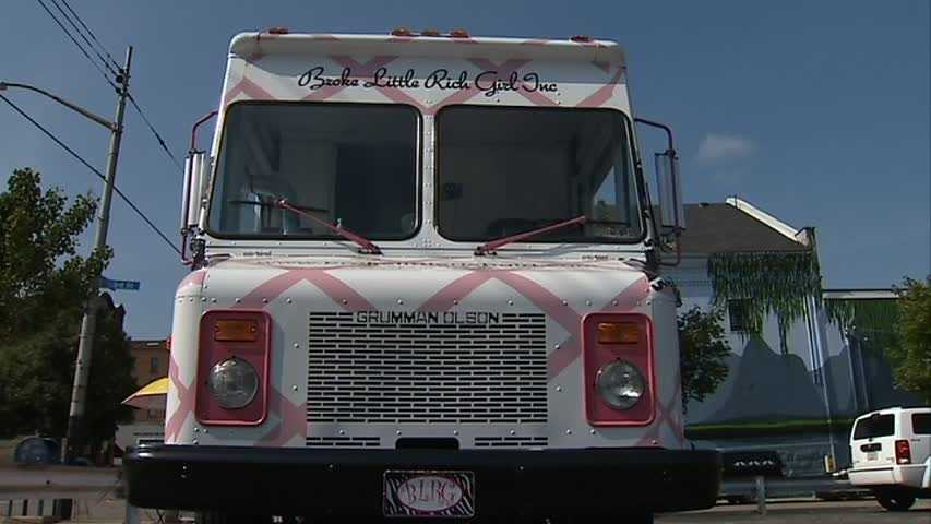 You've heard the buzz over food trucks in Pittsburgh. They pull up, open up and grill up some tasty stuff. But there's a new trend that replaces food with fashion.