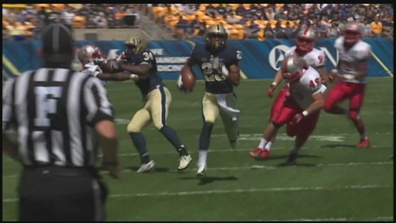 Freshman Tyler Boyd led the Pitt Panthers with 195 total yards and two touchdowns against New Mexico.