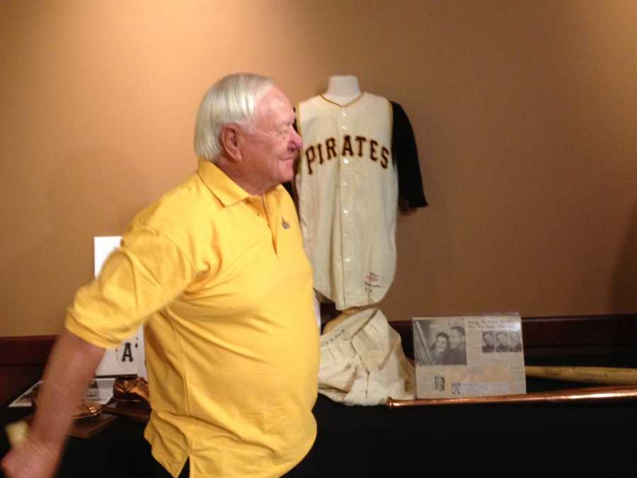 Former Pittsburgh Pirates second baseman Bill Mazeroski decided to sell memorabilia from the most iconic moment of his Hall of Fame career.