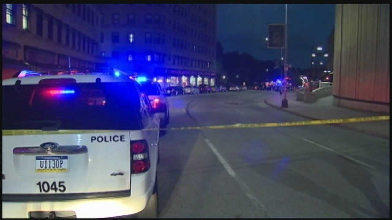 Pitt evacuates 2 buildings after bomb squad response on Forbes Ave.