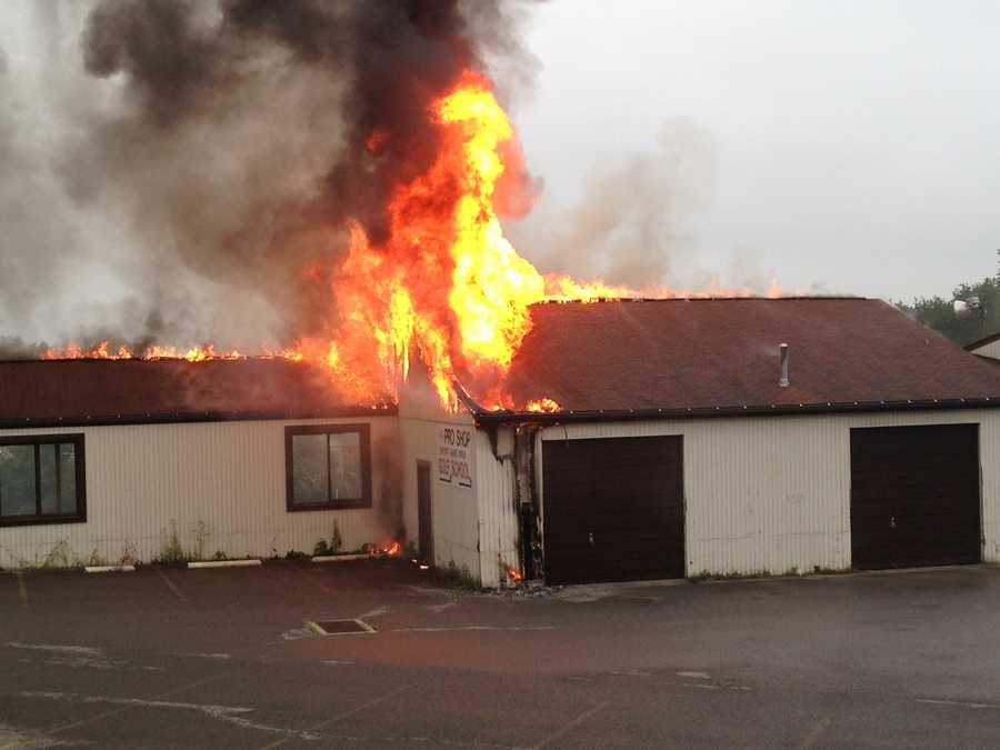 A fire broke out at Cool Springs Golf Center during the Thursday morning rush hour.