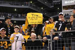 Fans from across the region filled Heinz Field for the Steelers vs Bears game for prime time Sunday Night Football.