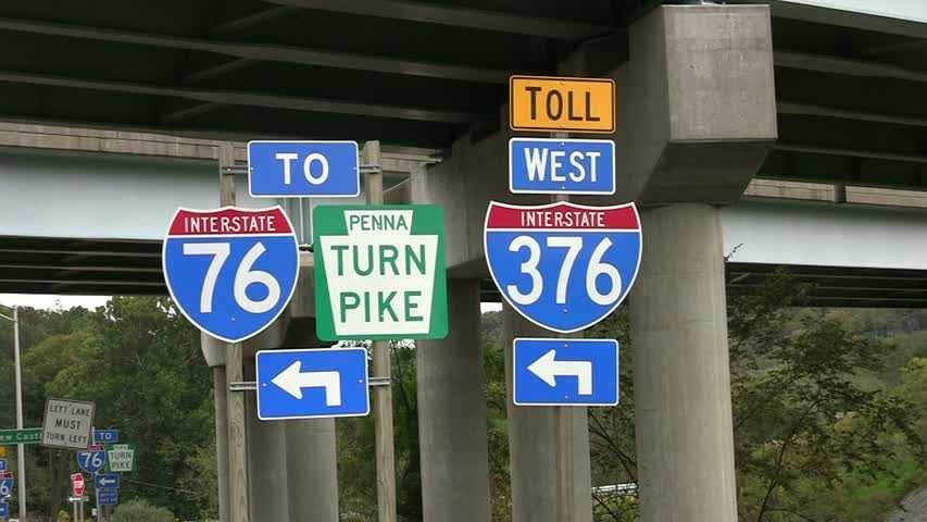 Interstate 376 and Pennsylvania Turnpike entrance signs.