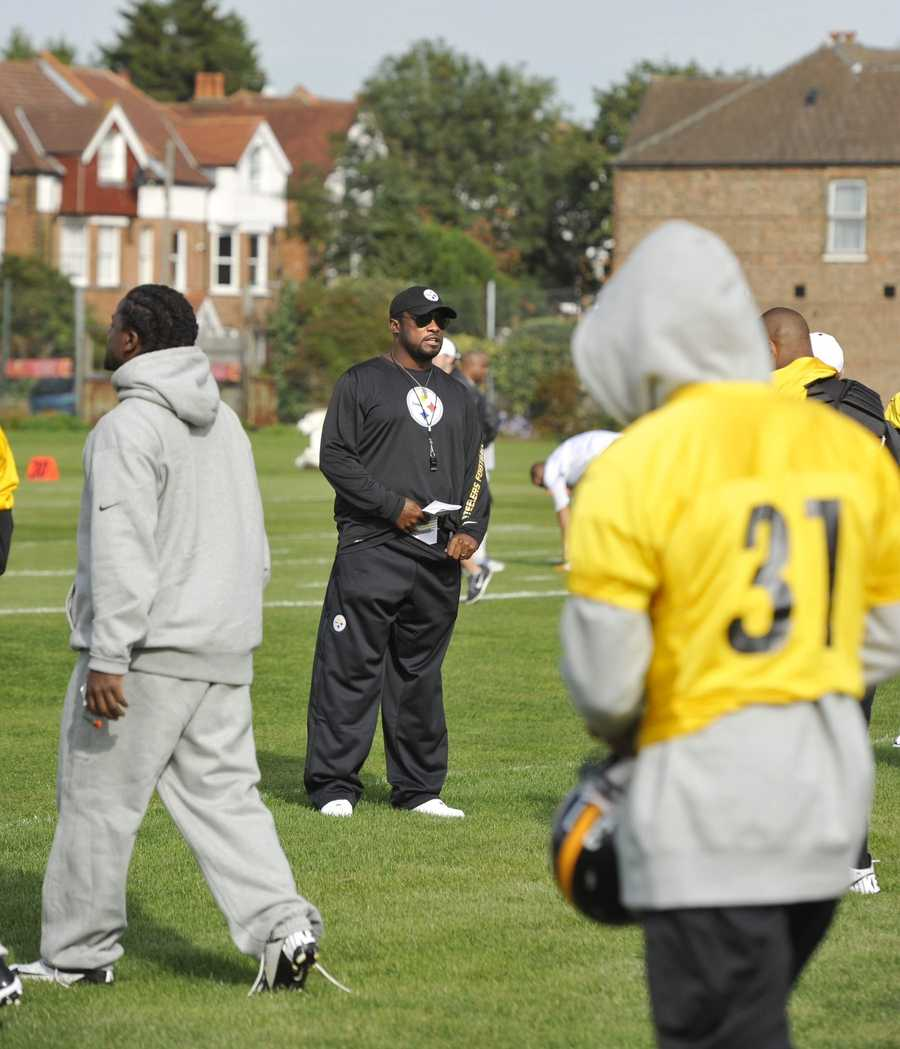 The Steelers began practicing Friday in London for their Week 4 game against the Minnesota Vikings.