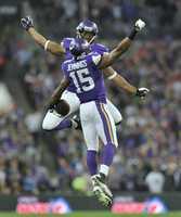 Greg Jennings caught two touchdown passes.