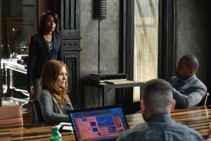 """With Olivia's name out there as the President's mistress, both the White House and Pope & Associates face their biggest scandal to date, and a surprise allegiance is formed in order to get things handled. Meanwhile, Olivia's father, Rowan, will stop at nothing to carry out his orders and no one, including Olivia, can stand in his way, on the Season 3 Premiere of """"Scandal"""". (Photo: ABC/Eric McCandless)"""