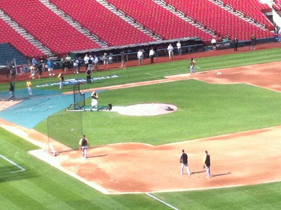 The Pirates take batting practice before Game 1 of the NLDS against the St. Louis Cardinals