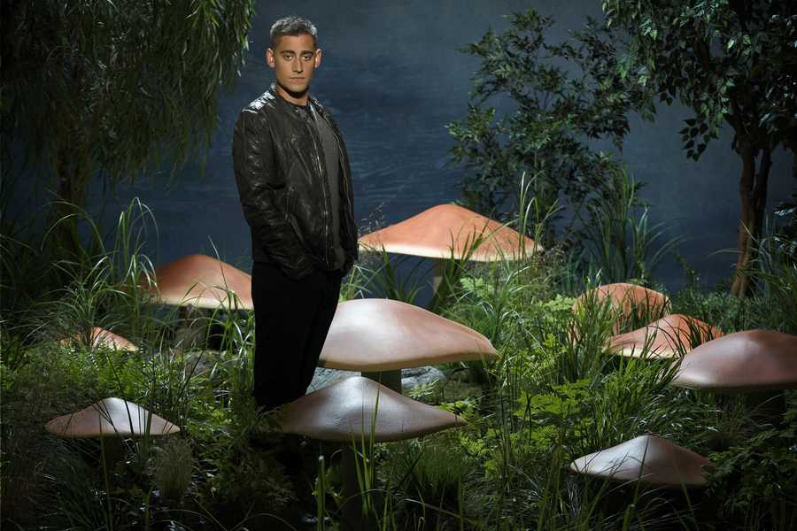 """ABC's """"Once Upon a Time in Wonderland"""" stars Michael Socha as The Knave of Hearts. (ABC/Bob D'Amico)"""