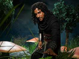 "ABC's ""Once Upon a Time in Wonderland"" stars Naveen Andrews as Jafar. (ABC/Bob D'Amico)"